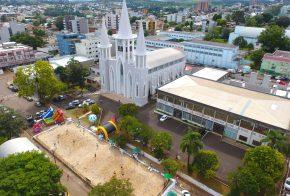 Igreja Matriz de Xanxerê é aberta para fiéis
