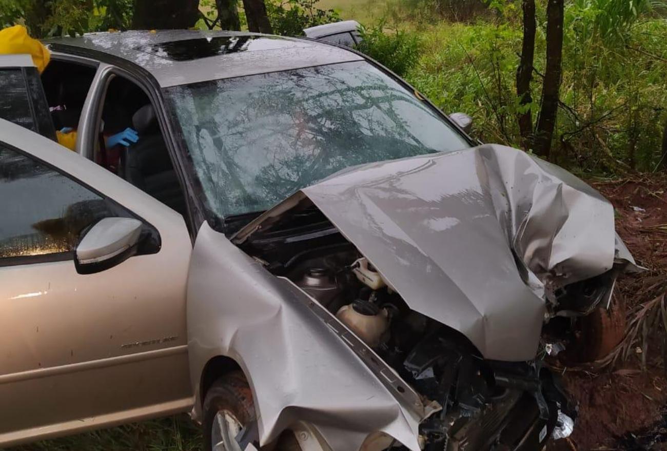 Motorista tem traumatismo craniano após colidir em árvore no interior de Xanxerê