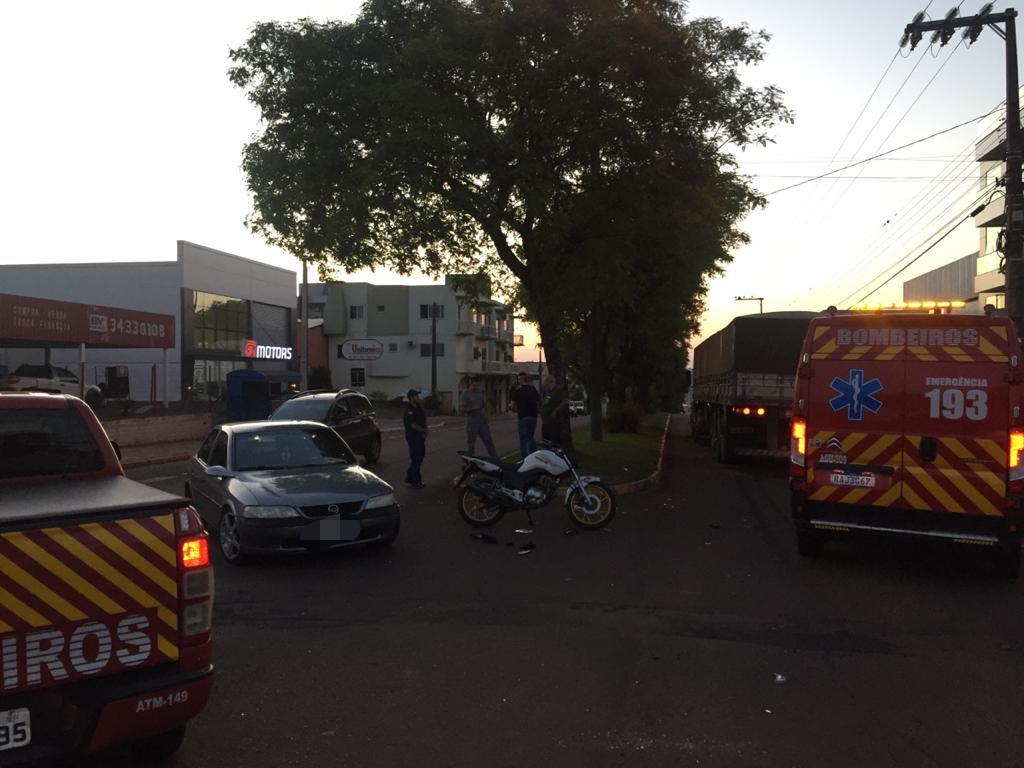 Motociclista fica ferido em colisão na Avenida Brasil, em Xanxerê