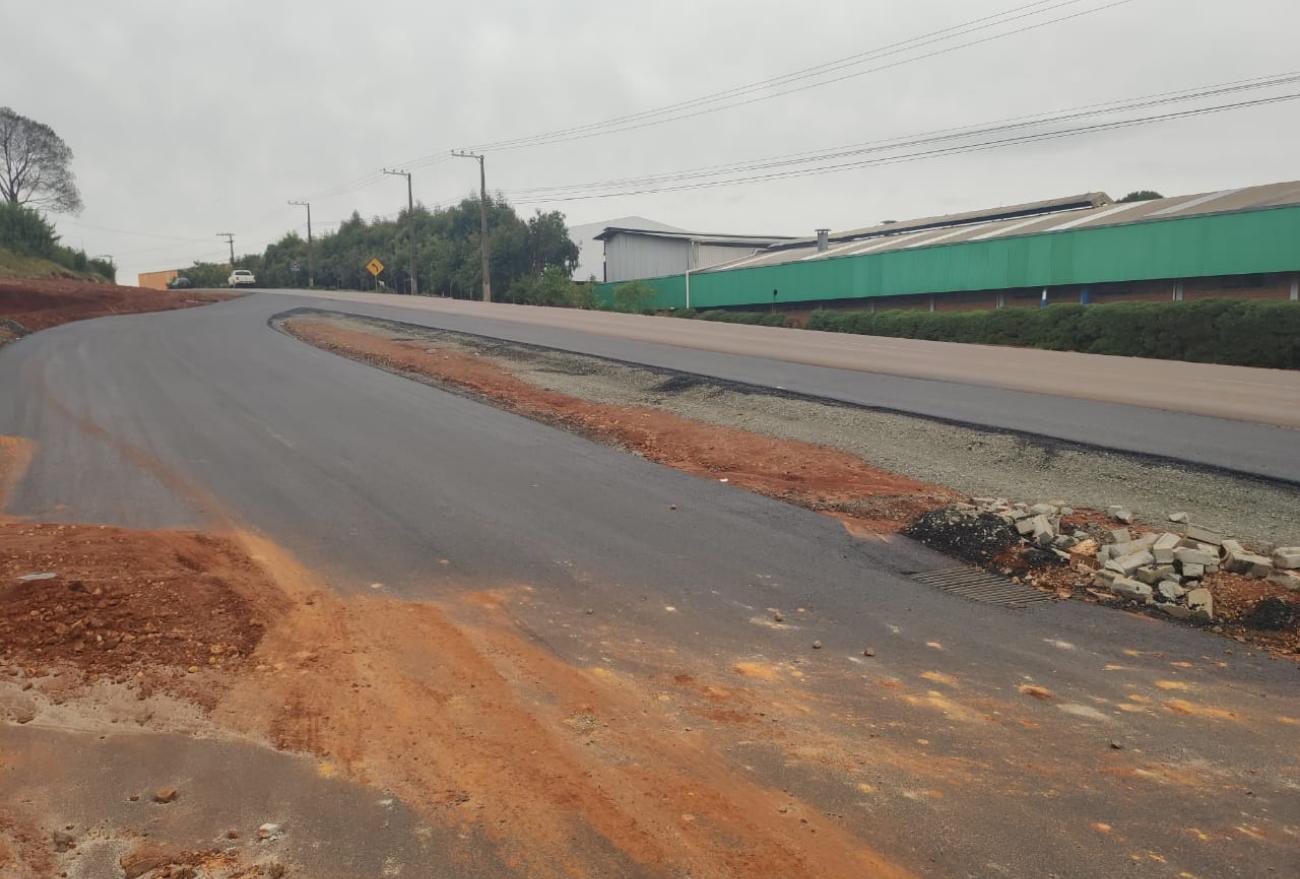 Obras das vias de acesso na rua 27 de Fevereiro estão em fase final de execução