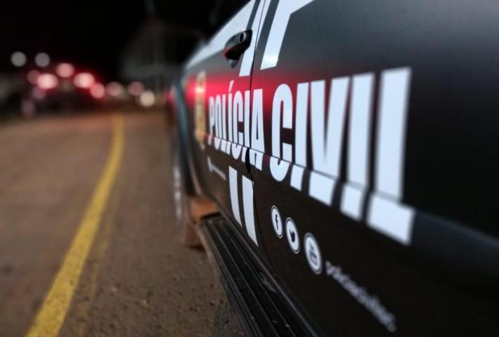 Polícia Civil prende homem investigado por morte de família em São Domingos