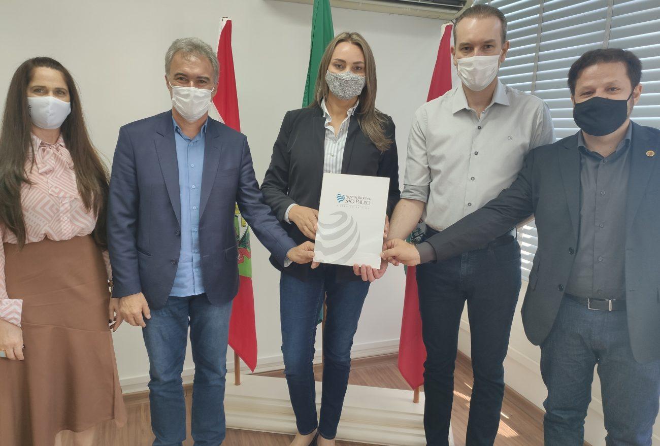 Administração Municipal de Xanxerê recebe visita da vice-governadora Daniela Reinehr
