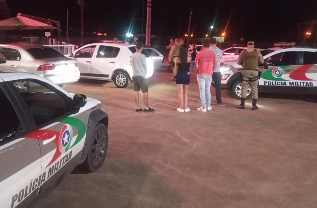 Força-Tarefa flagra aglomeração nas proximidades do Parque da Femi