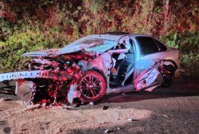 Oeste de SC: Acidente entre carro e caminhão deixa homem ferido na BR-282
