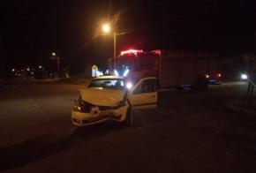 Colisão entre veículos no Bairro João Winckler deixa uma pessoa ferida