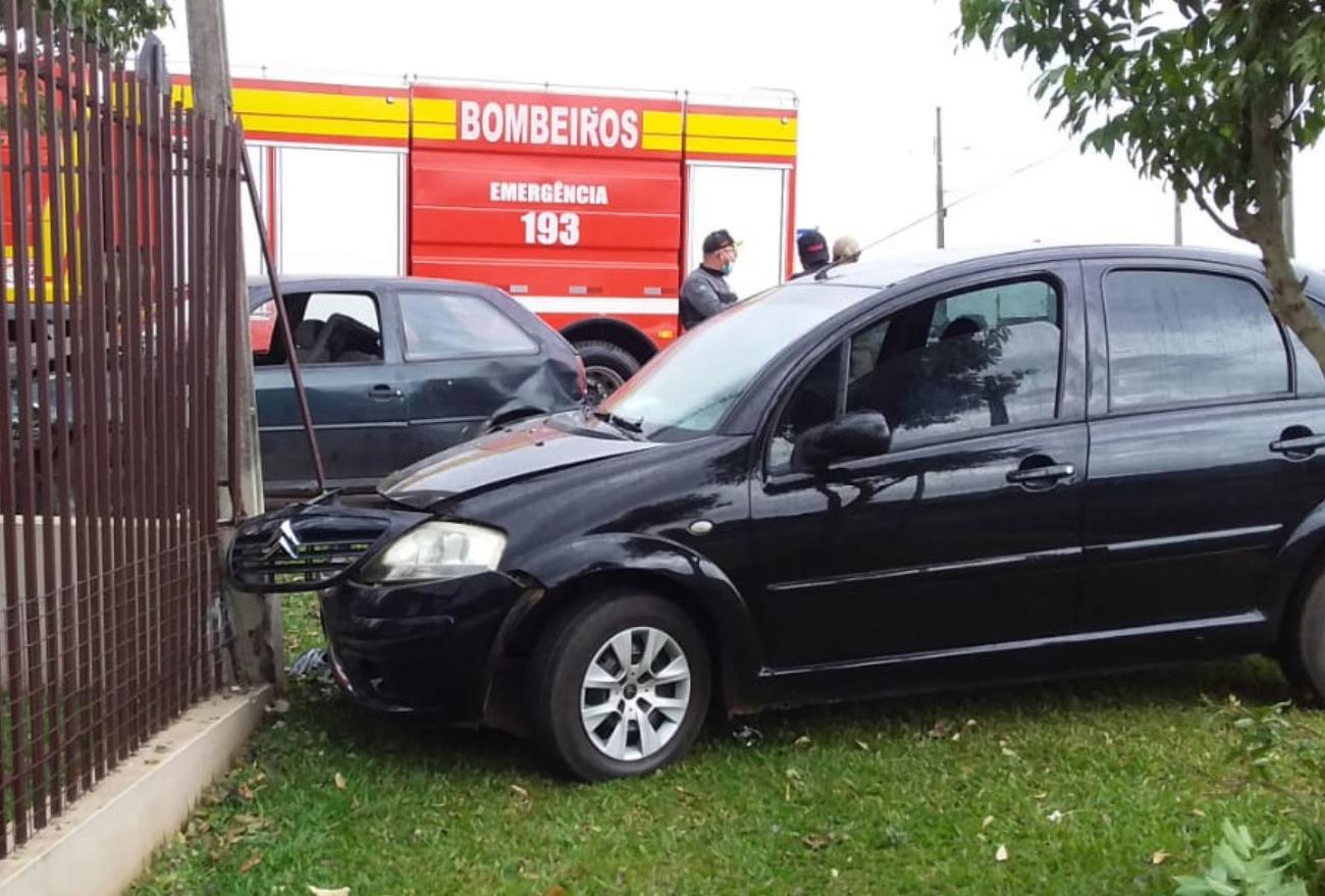 Colisão entre dois veículos no bairro Guarani, nesta quarta-feira