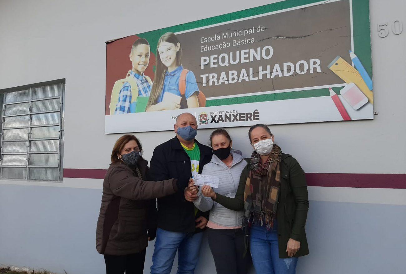 Clube 7 arrecada mais de R$ 9 mil com Feijoada Beneficente