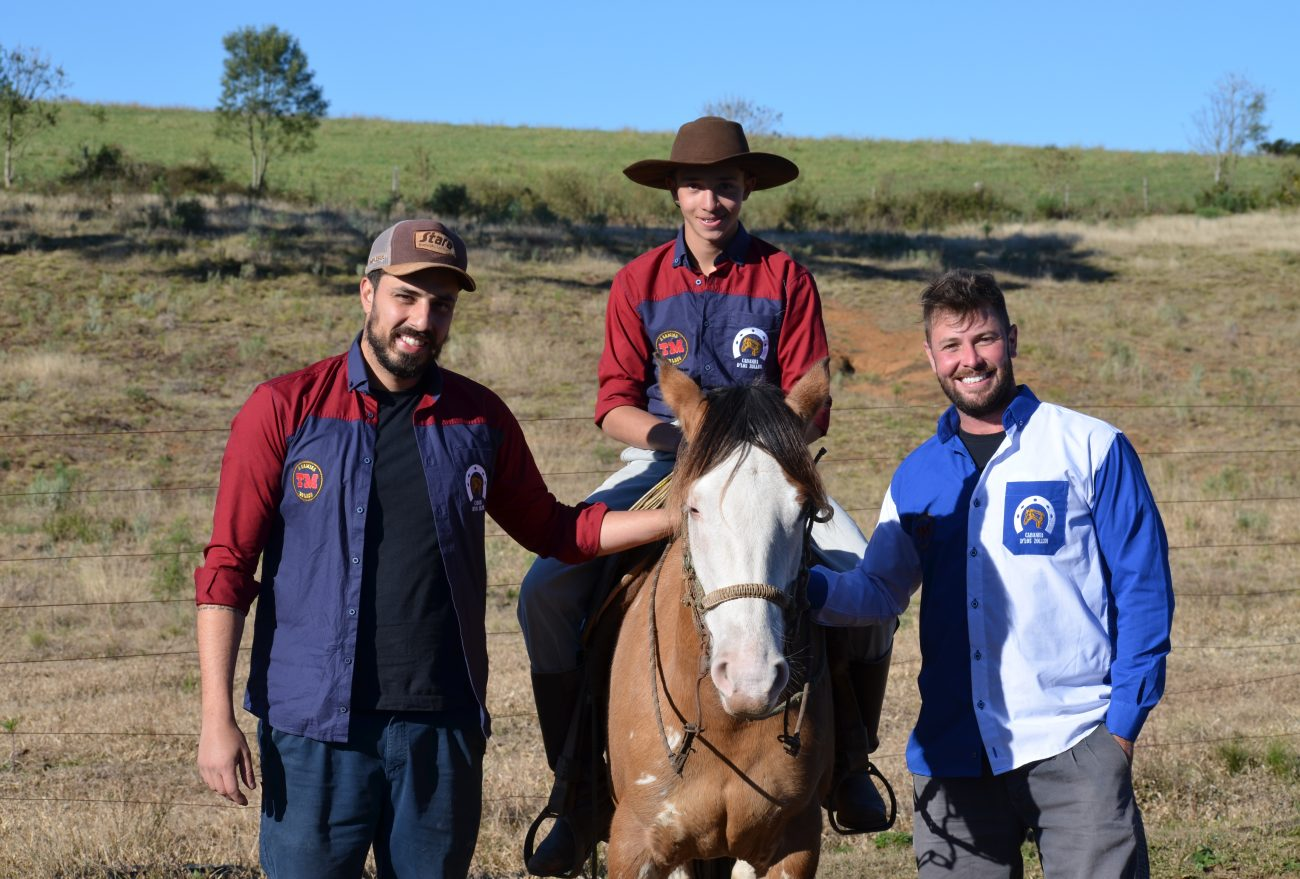 Lance no Campo: Jovens se dedicam a criação de cavalos crioulos em Passos Maia