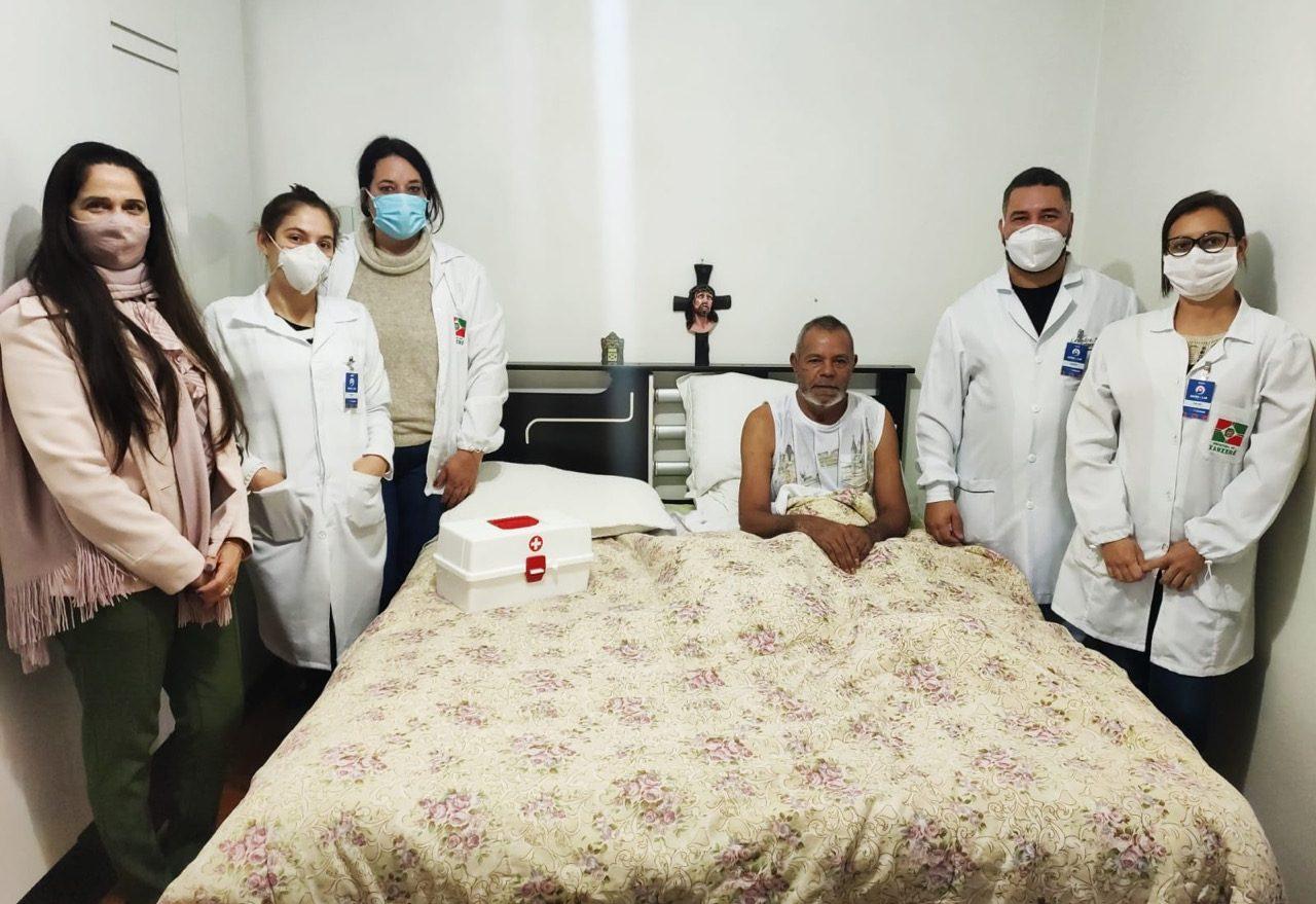 Saúde no Lar: serviço de atendimento domiciliar já atendeu mais de 150 pessoas