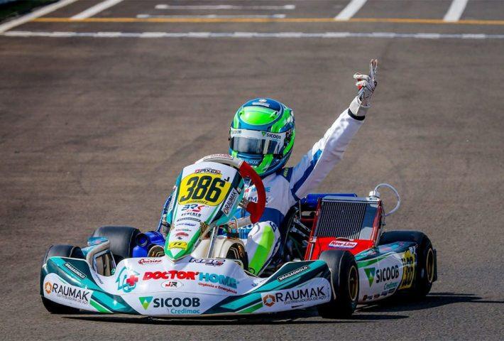 Xanxerense Gabriel Moura conquista Copa Brasil de kart