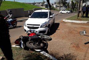 Motociclista fica ferido em colisão com carro, em Xaxim